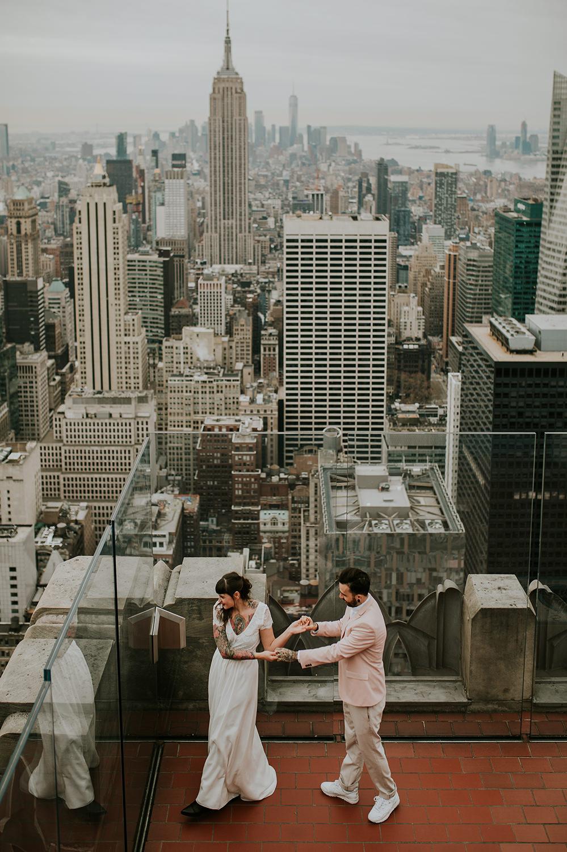 new-york-elopement-top-of-the-rock-new-york-wedding-photographer-hochzeitsfotograf-newyork